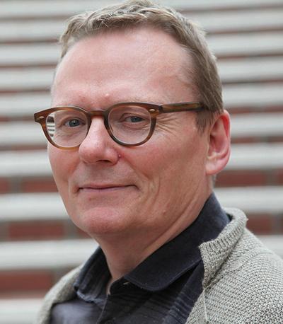 Dr. James Robinson